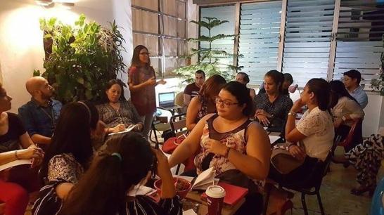 Invitada como Expositora del primer taller en el mes de Marzo, del Calendario Educativo de 2017 de la firma especialista en Propiedad Intelectual AROC, sobre Registros Sanitarios. Foto: María Gilma Arrocha